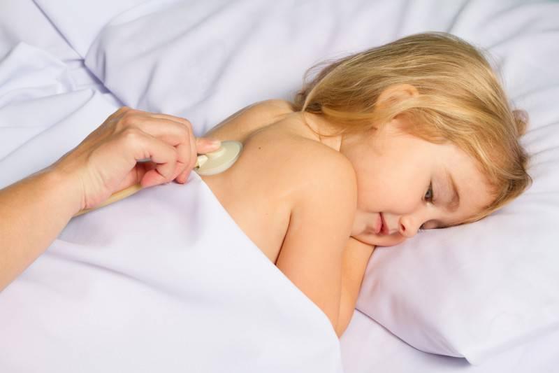 Bambina malata (Thinkstock)