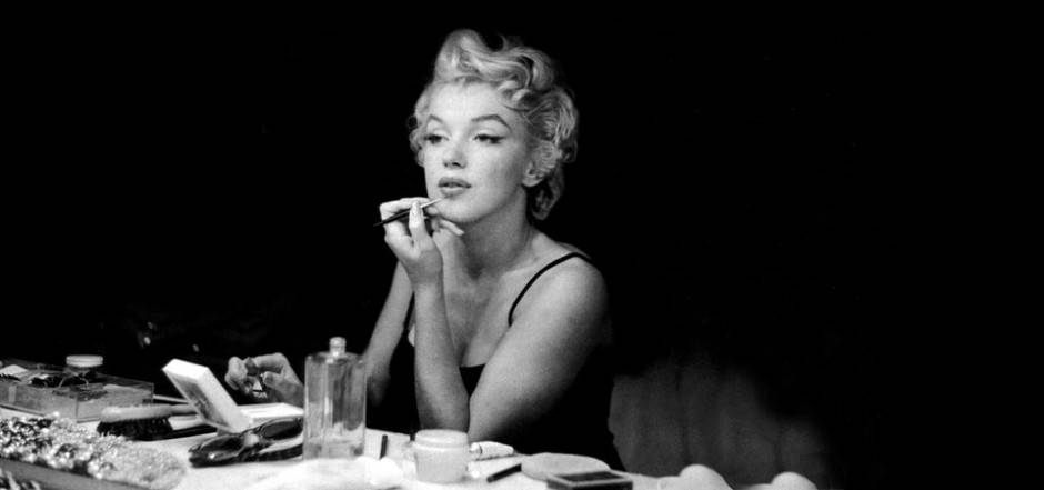Marilyn-Monroe-_486558-35