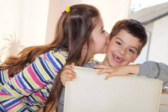 siblings-929939_1280