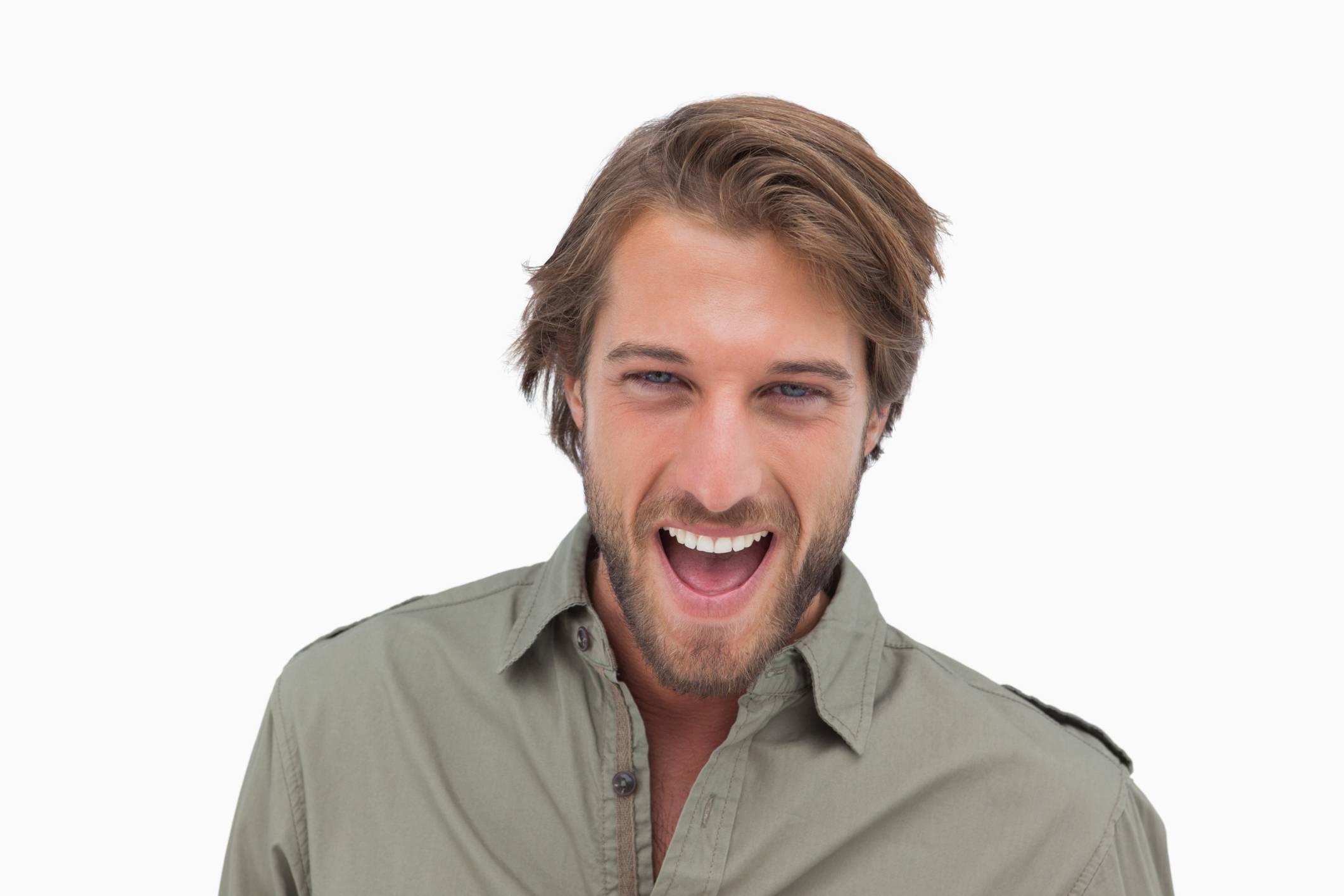 Gli uomini con la barba sono scientificamente i partner migliori