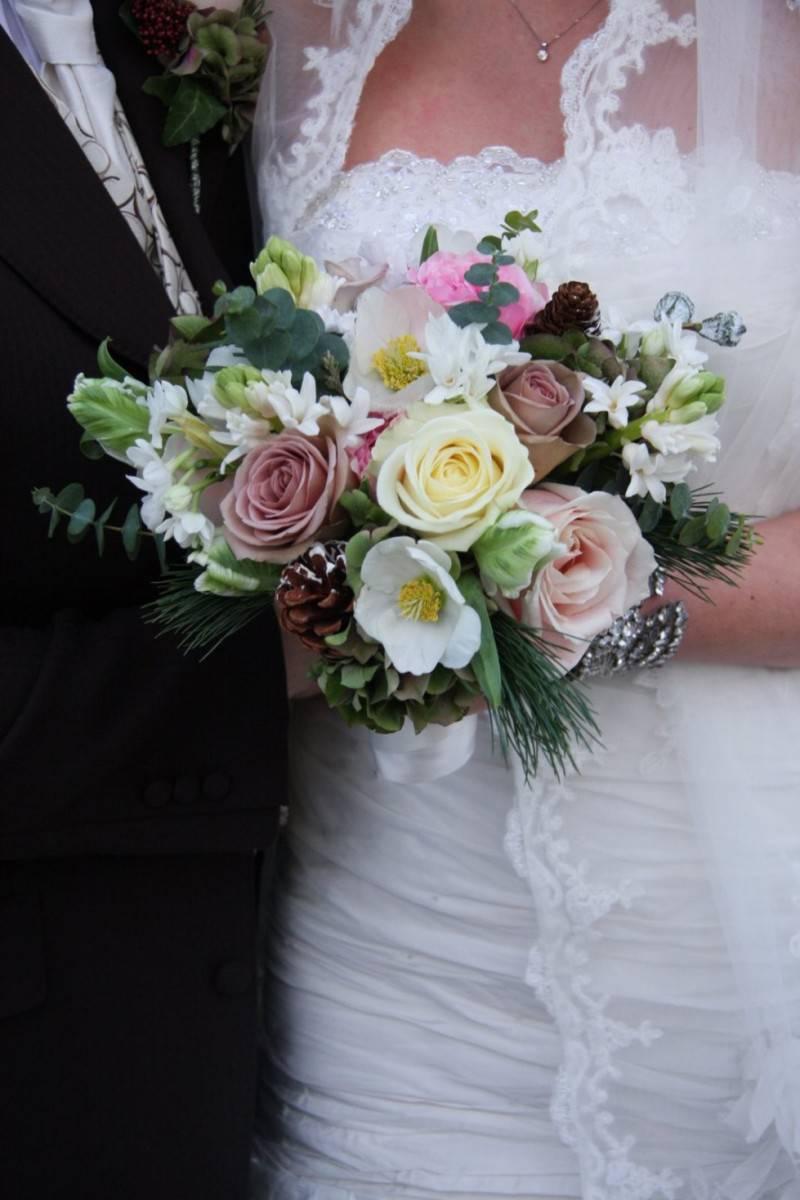 bouquet-sposa-invernale-colorato