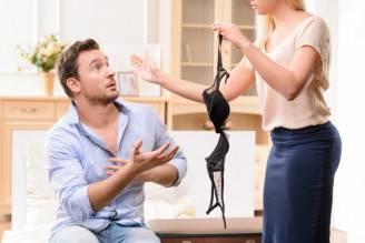 coppia litiga