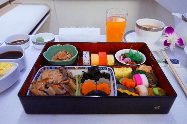 Thai Airways (nstagram.com)