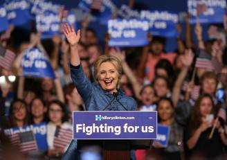 Hillary Clinton alle primarie (Joe Raedle/Getty Images)