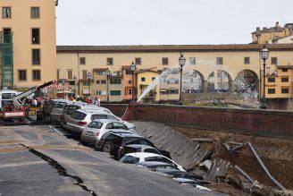 Voragine a Firenze (CLAUDIO GIOVANNINI/AFP/Getty Images)