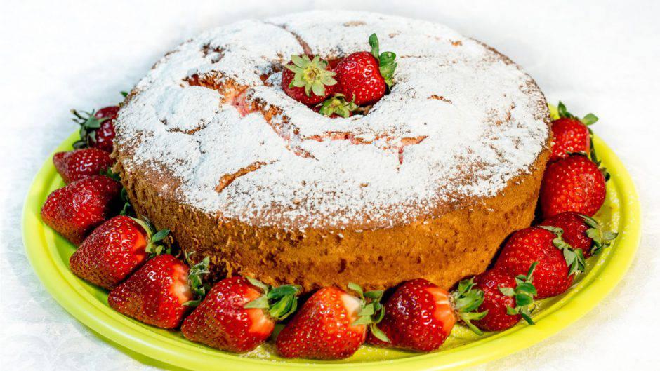 angel-cake-alle-fragole