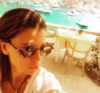 Claudia Galanti a Capri (Foto Instagram)