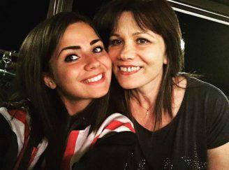 Eleonora Rocchini in un selfie con la madre (Foto Facebook)