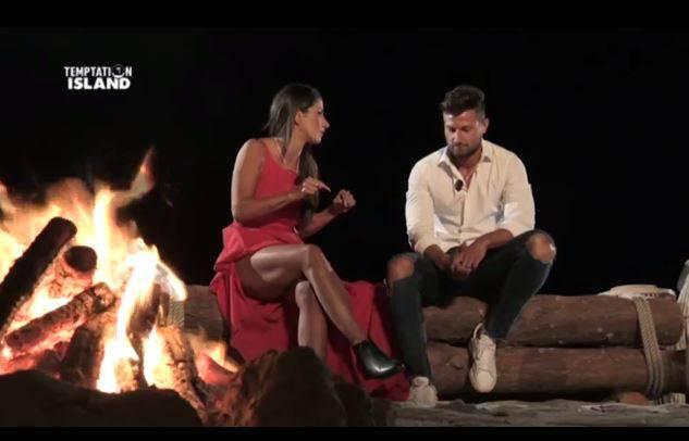 Mariarita e Luca al falò (Temptation Island 3)