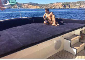 Stefano De Martino a Ibiza (Instagram)