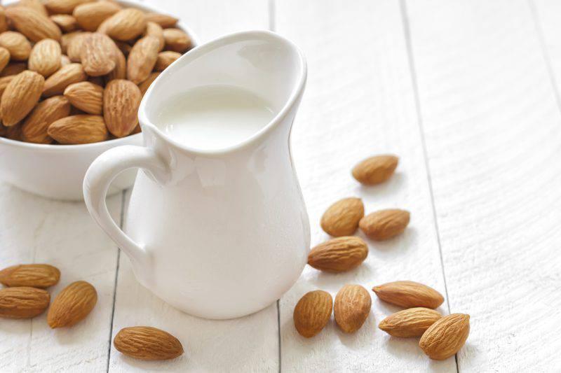 ricetta latte di mandorle fatto in casa