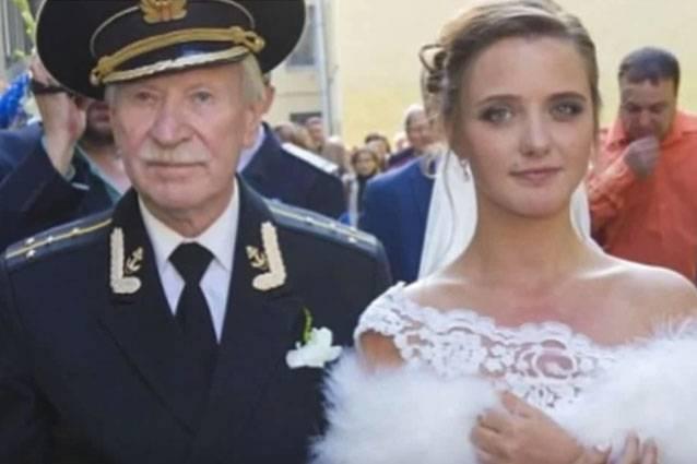 Matrimonio In Rissa : Matrimonio da scandalo in russia tra un attore e la sua