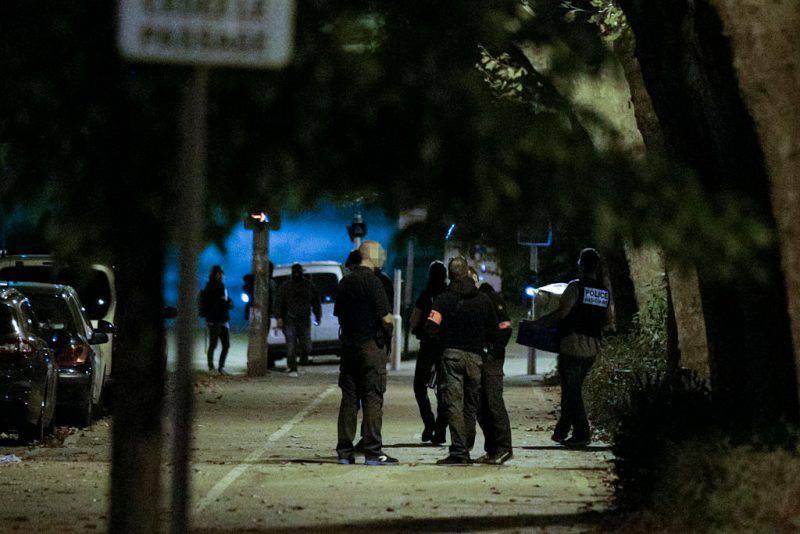 Operazione anti terrorismo a Parigi (GEOFFROY VAN DER HASSELT/AFP/Getty Images)