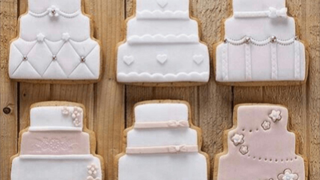 Segnaposto Matrimonio Biscotti.Matrimonio Biscotti Decorati Come Segnaposto