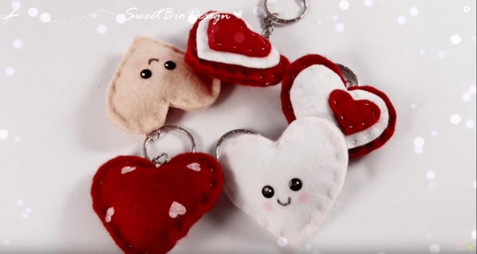 Famoso San Valentino, il portachiavi fai da te è un morbido cuore EG47