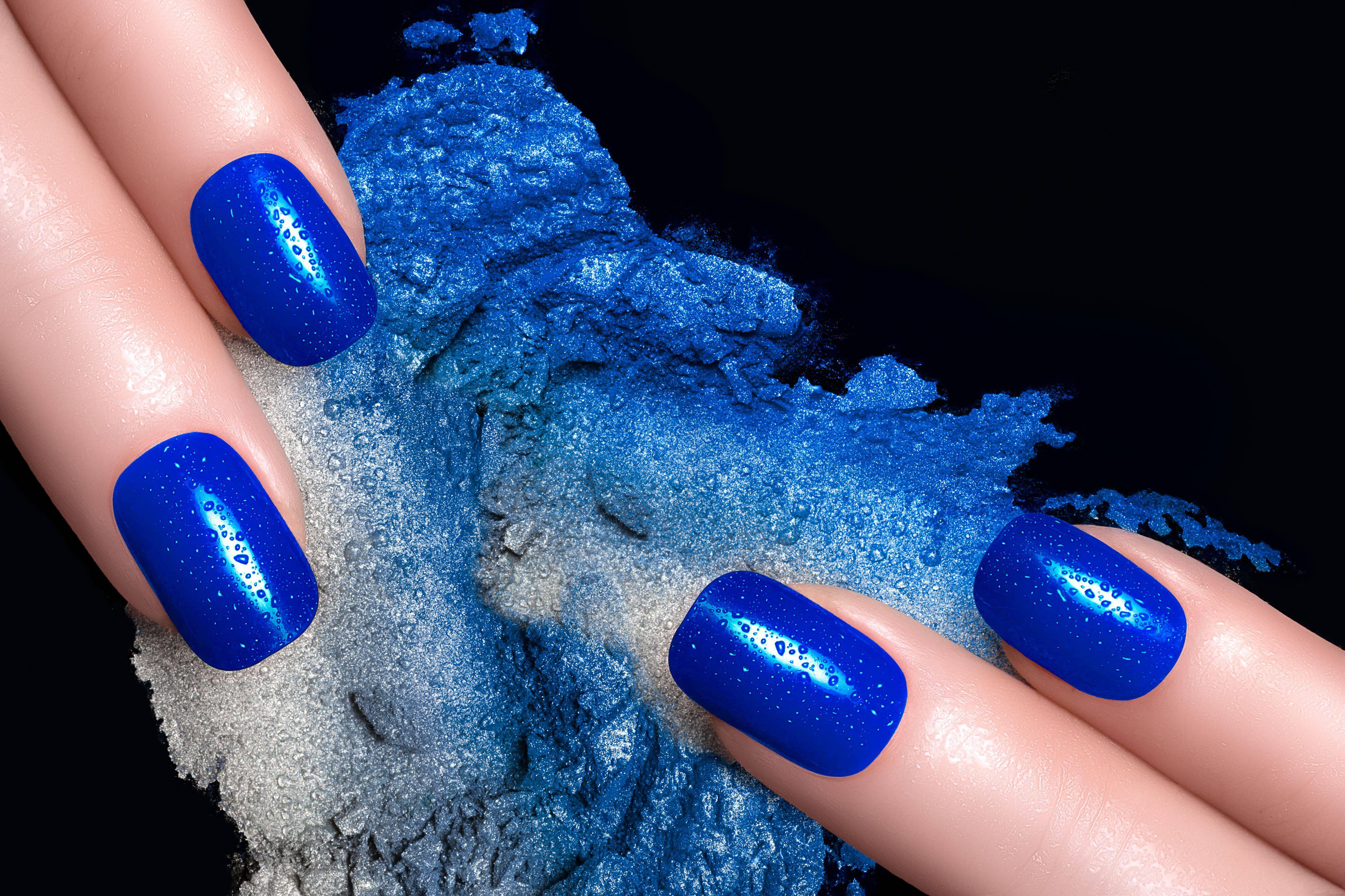 Tutorila Nail Art Unghie Azzurre Con Disegni Tono Su Tono