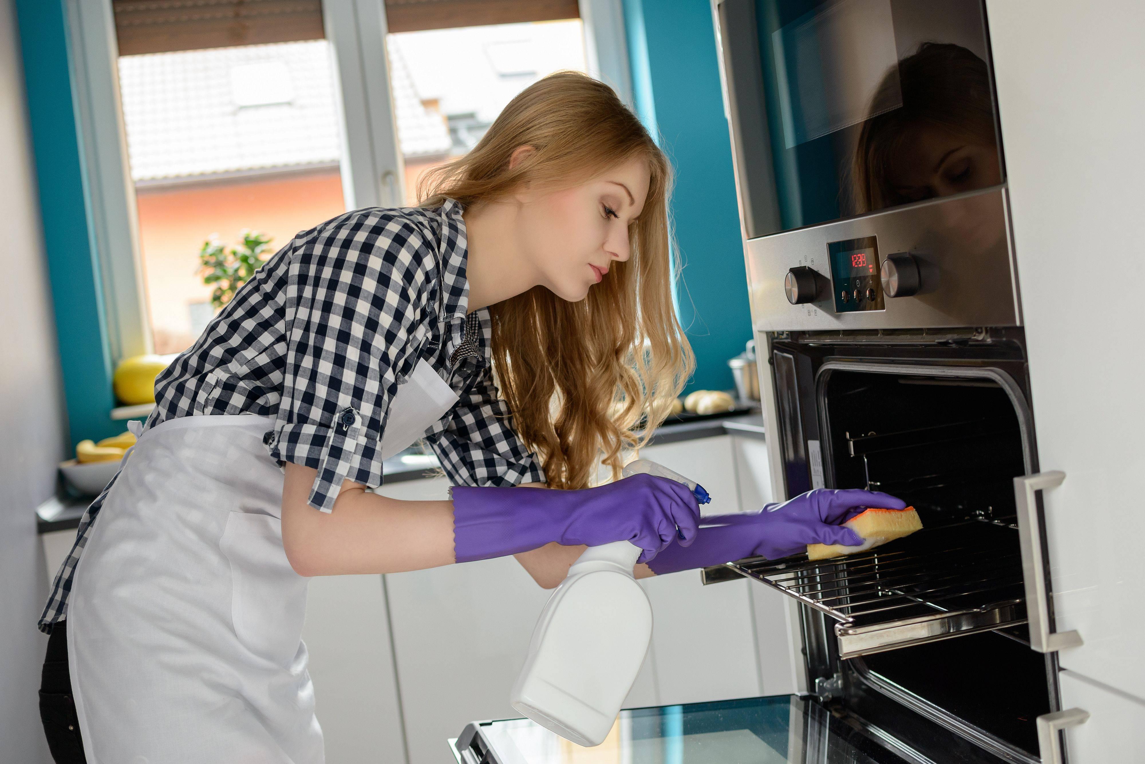 Miscela Per Pulire Il Forno sos il mio forno è indecente! ecco cinque modi per pulirlo.