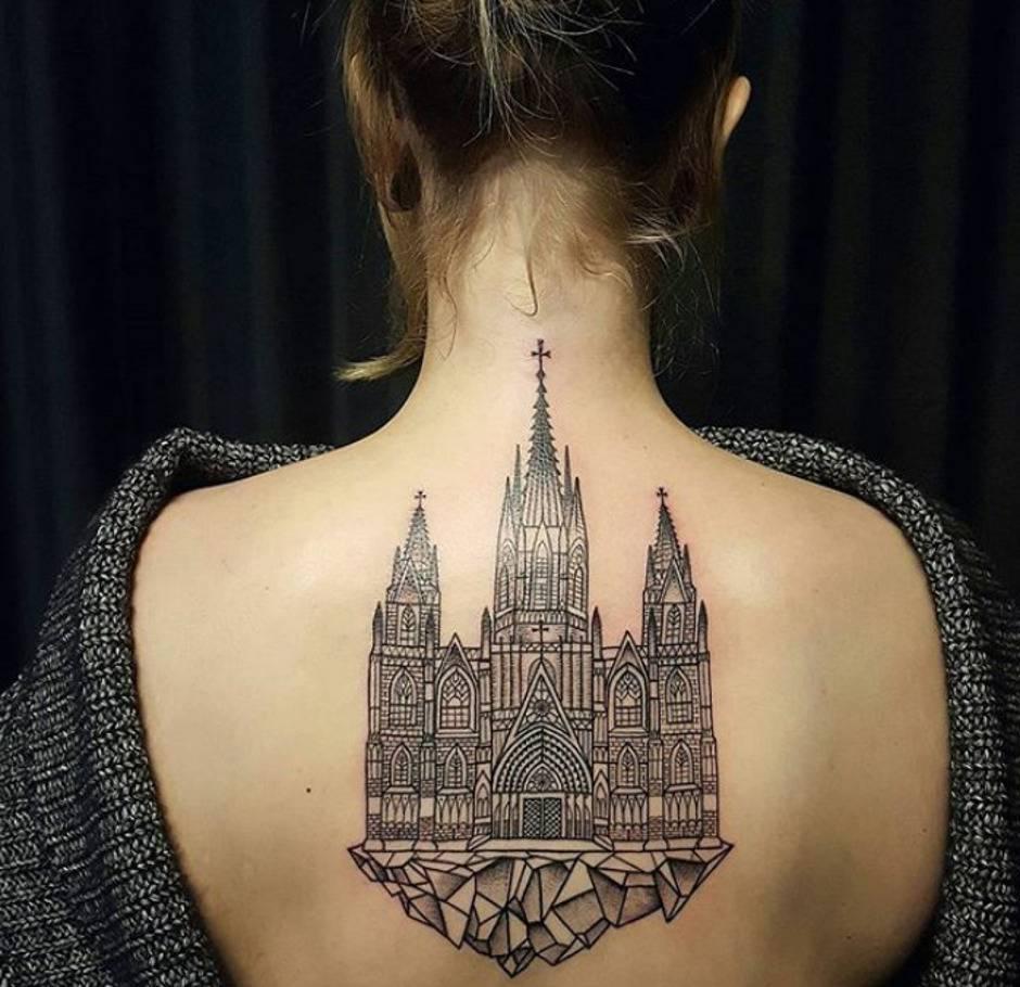 tatuaggio architettonico