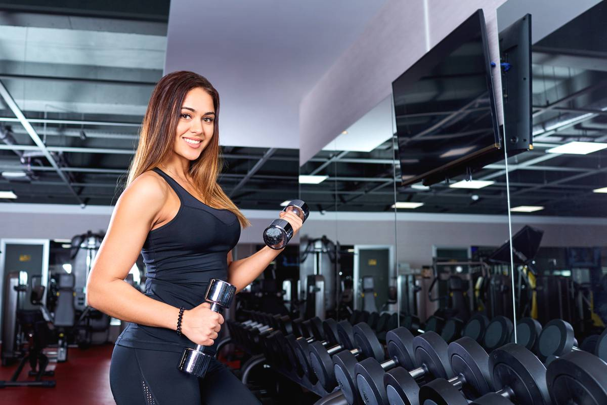 donna in palestra