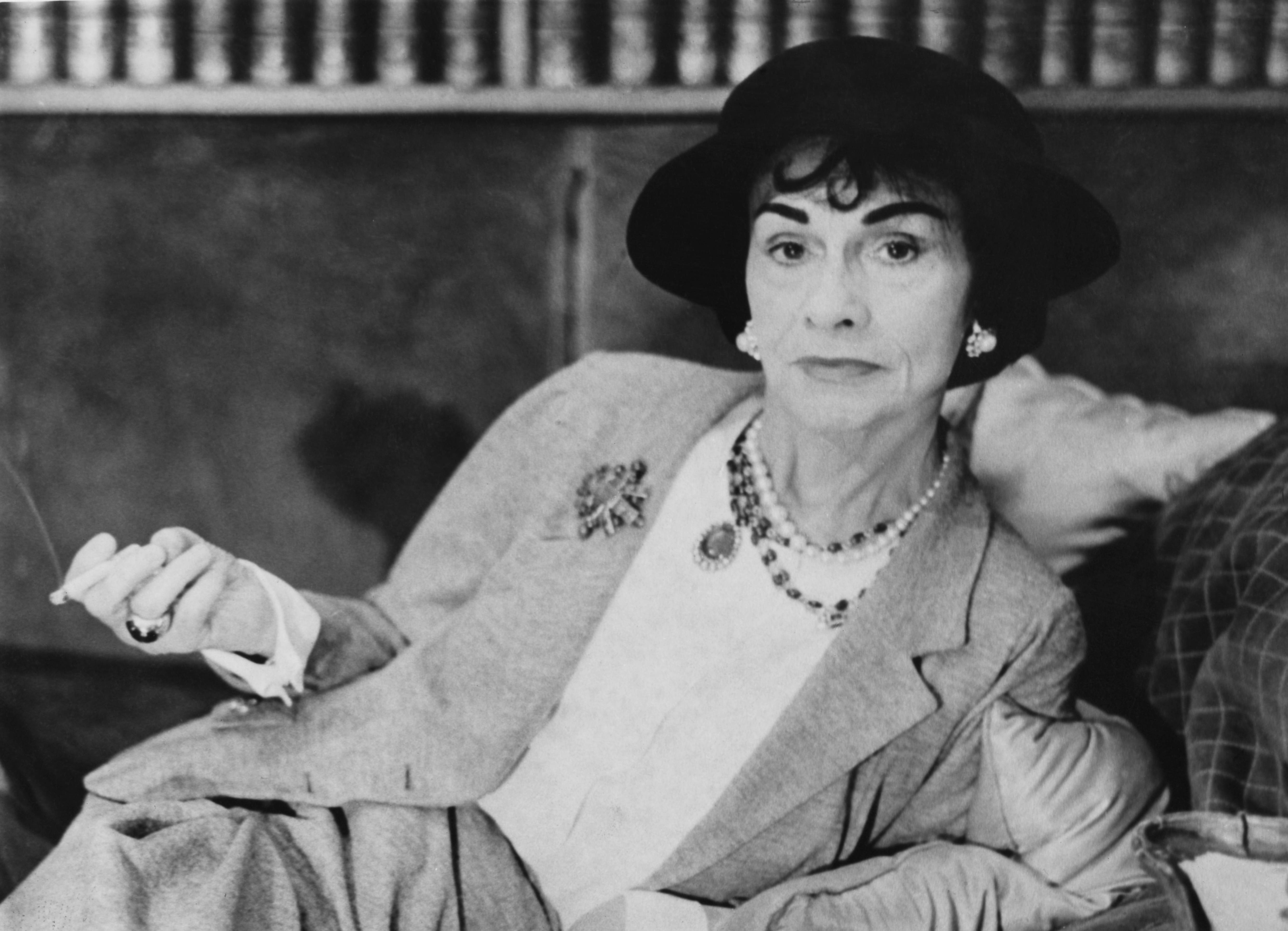 Chanel: le 5 curiosità assai poco note sulla regina della moda