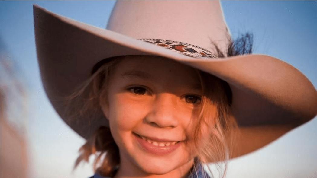 Australia - La 14enne star Ammy Dolly Everett si suicida