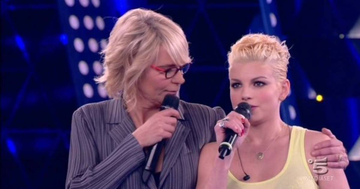 Lo splendido messaggio di Maria De Filippi per Emma – VIDEO