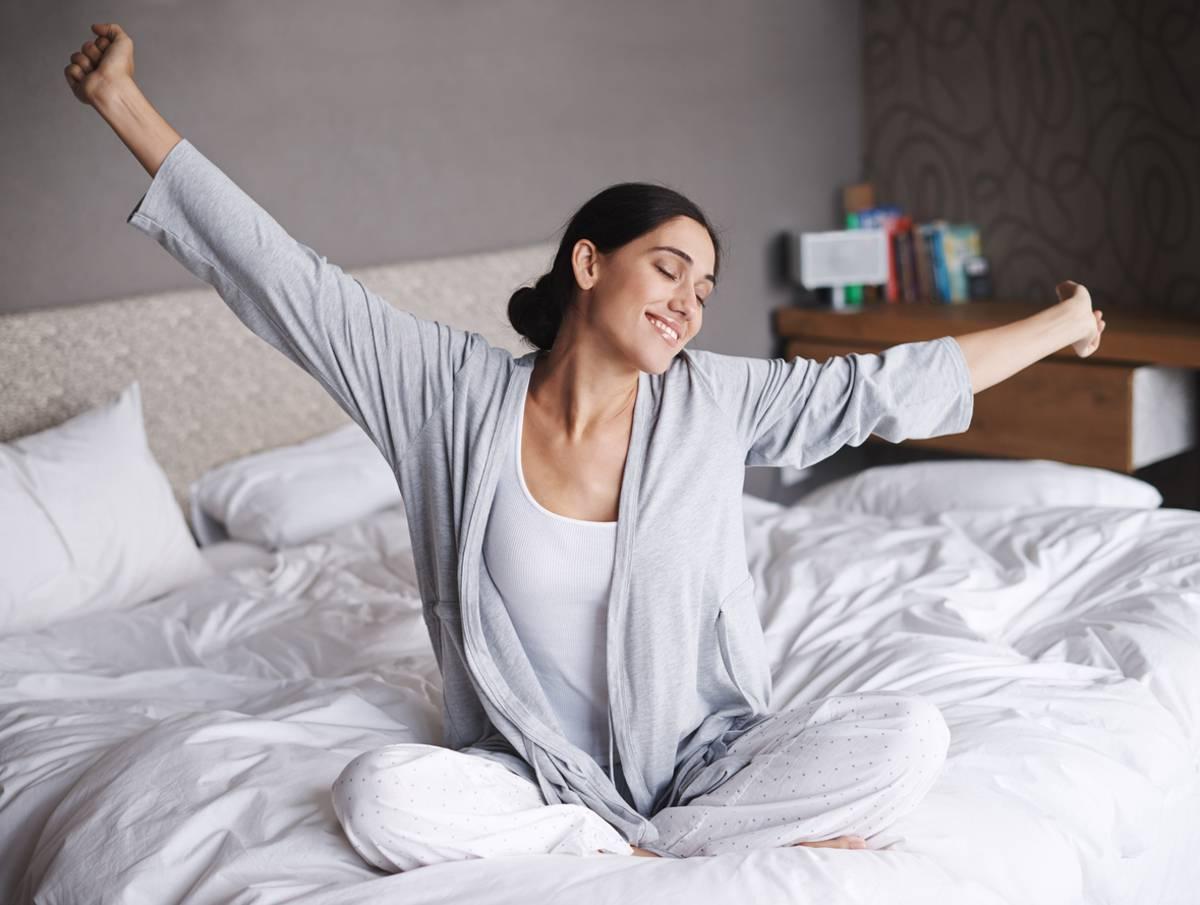 risveglio, 5 esercizi da fare ogni mattina per iniziare bene la giornata
