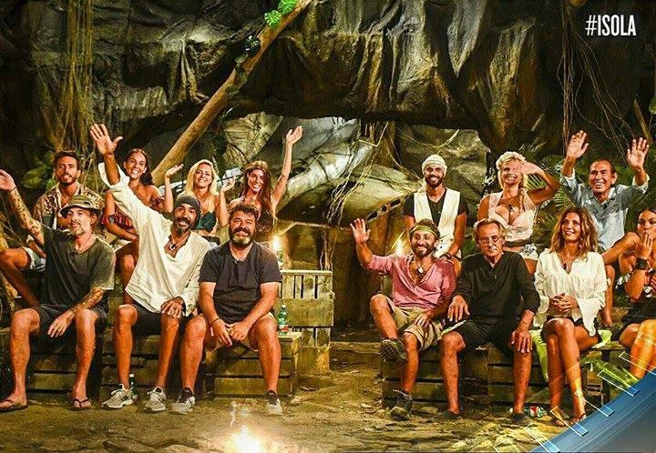 isola dei famosi 2018 passione tra naufraghi