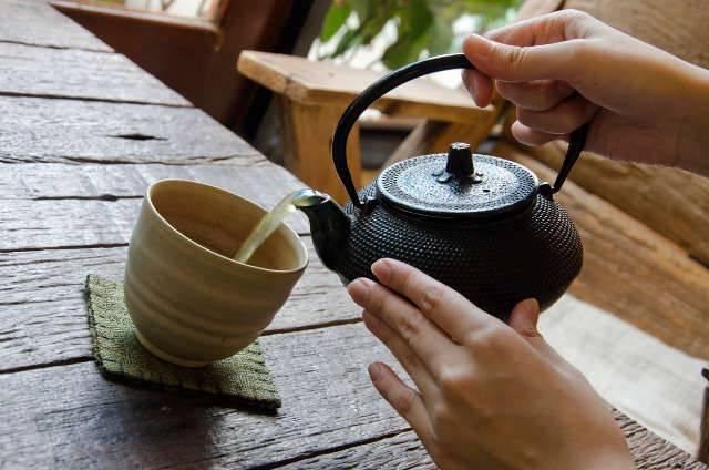tè verde e perché fa bene