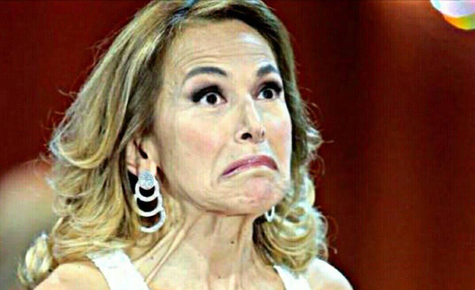 Barbara D'Urso. il gesto social non piace ai followers