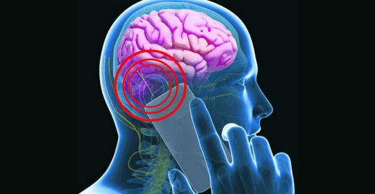 Cellulari e wireless come amianto: studio Ramazzini conferma rischio cancro