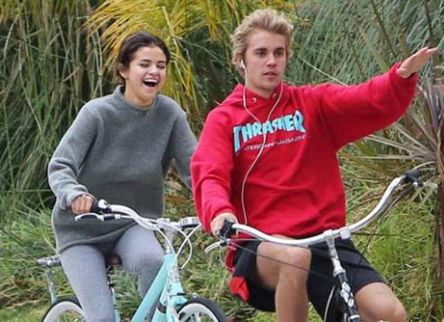 Justin e Selena pausa