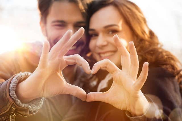 Le 10 regole per mantenere vivo il rapporto di coppia