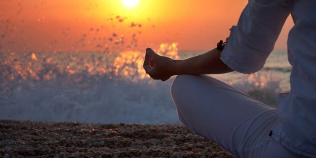 I trucchi che dovresti conoscere per riuscire a meditare davvero