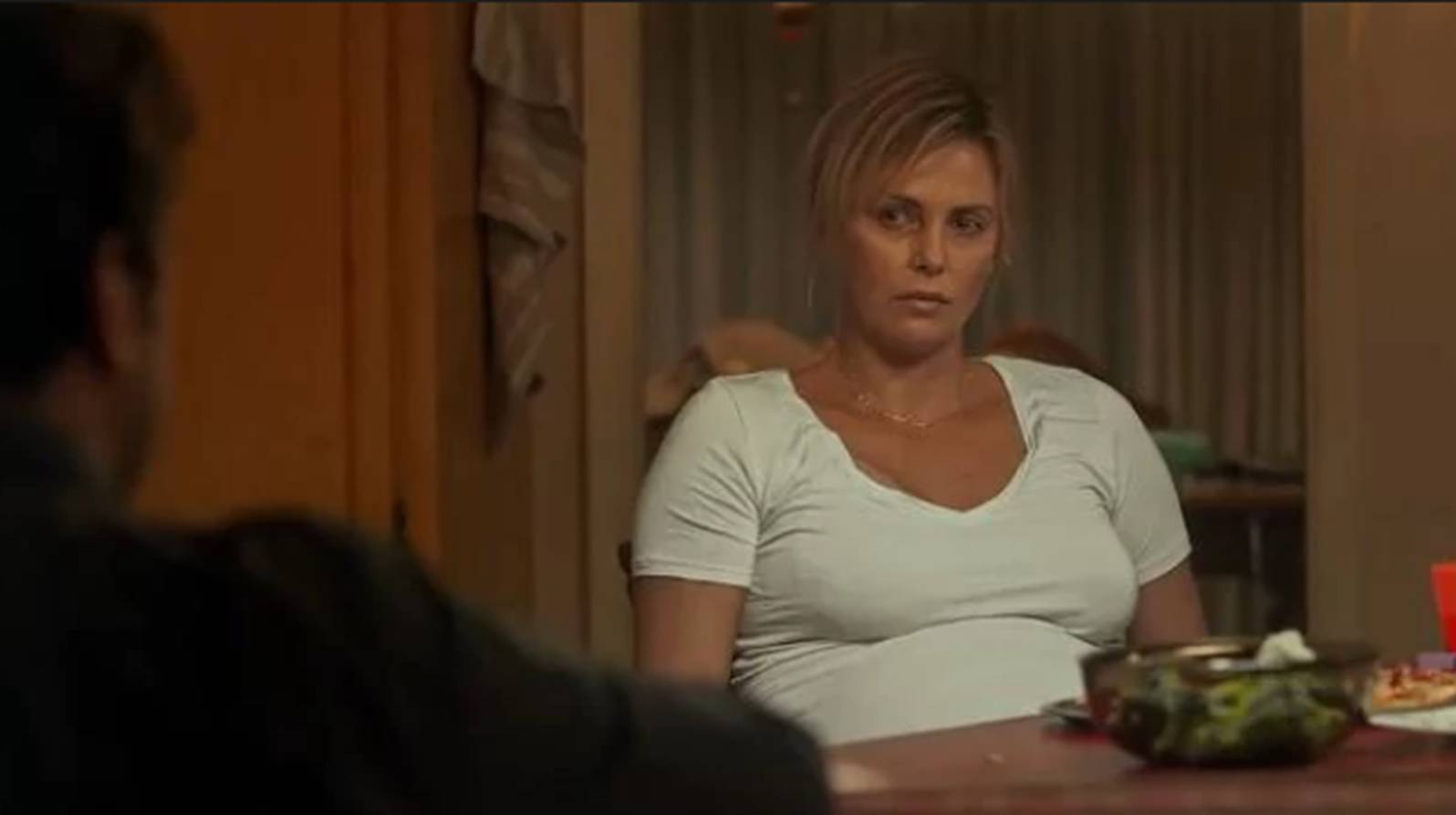 Charlize Theron ingrassata per Tully