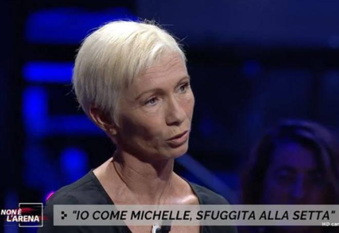 Simona Crisci e la setta che ha coinvolto Michelle Hunziker