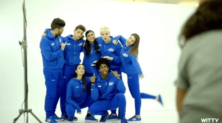 amici 17 serale squadra blu-min
