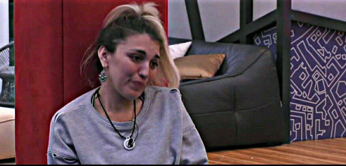 Veronica Satti parla di Bobby Solo, crollo emotivo per la gieffina