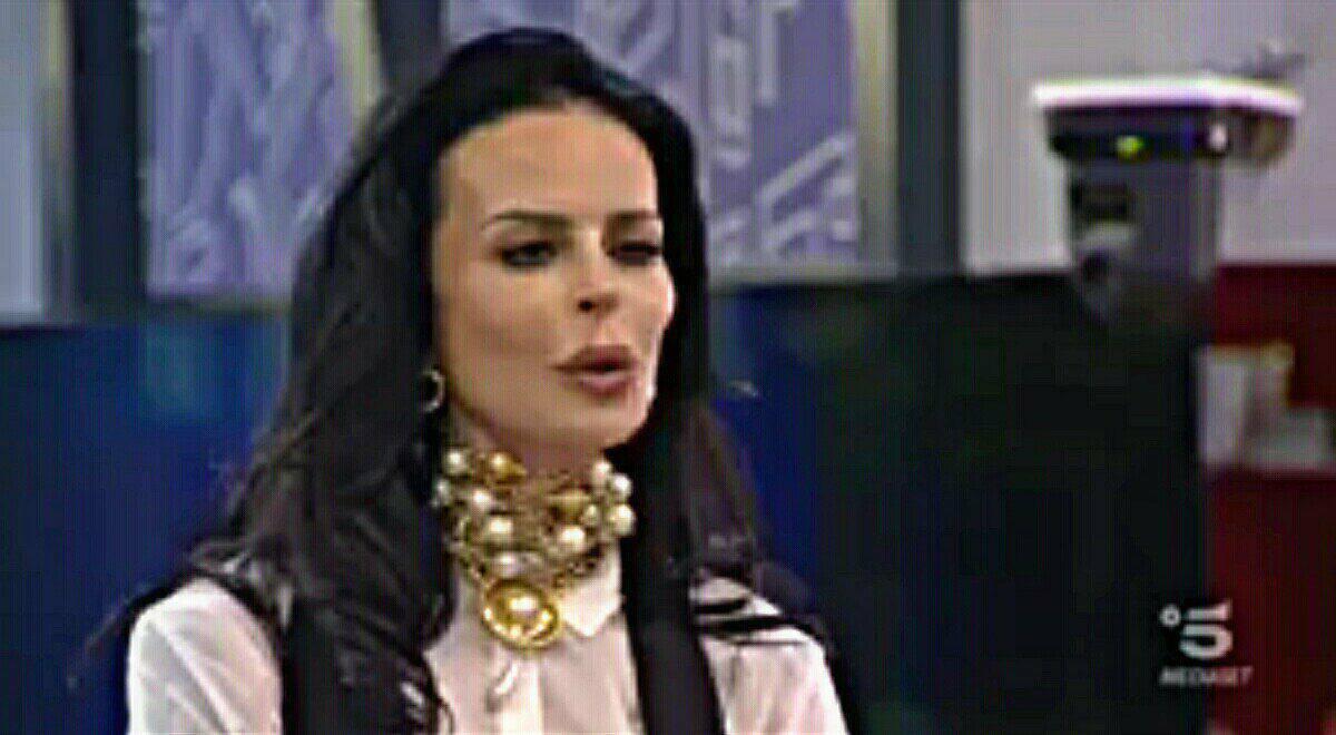 Nina Moric, clamorosa rivelazione al Grande Fratello