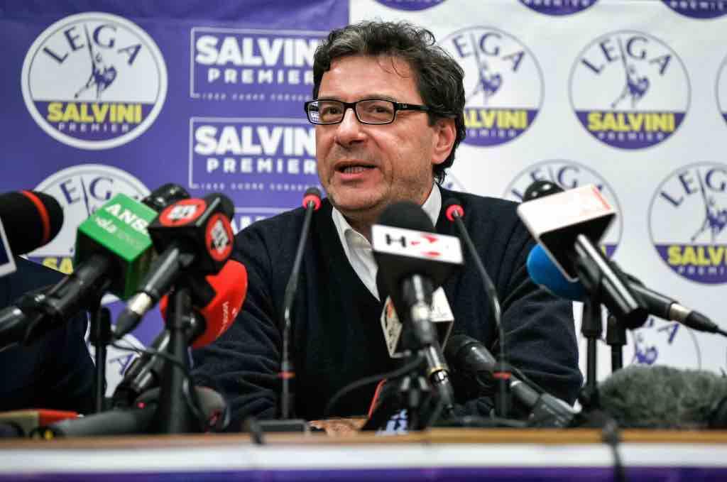 Giancarlo Giorgetti Cv Del Leghista Possibile Premier