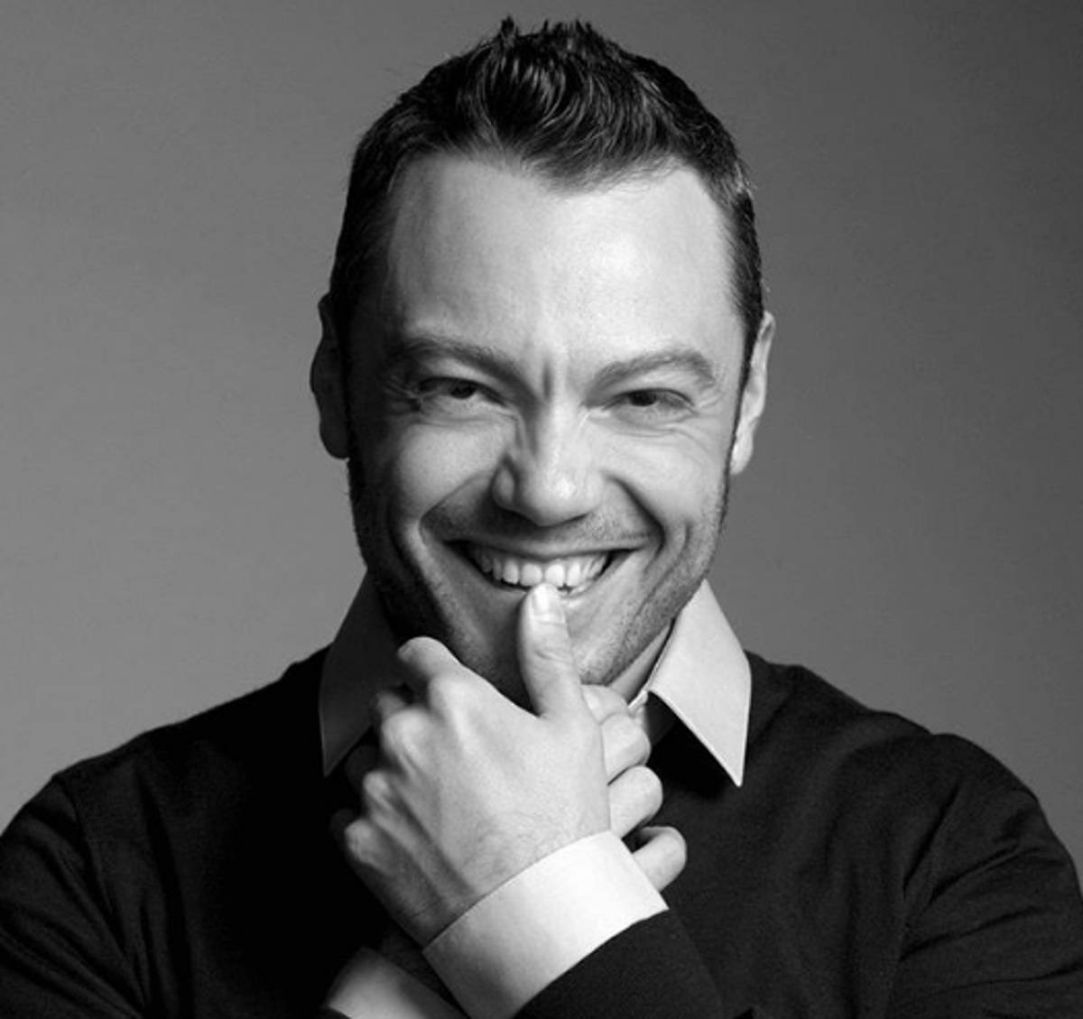 Tiziano Ferro si è spostato – VIDEO