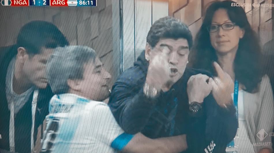 Maradona insulta la Nigeria