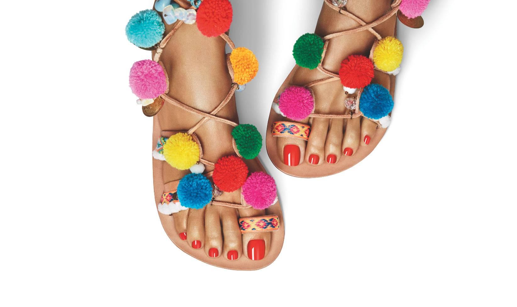 Pedicure Estate 2018: tutti i colori per sceglierla 'glam'