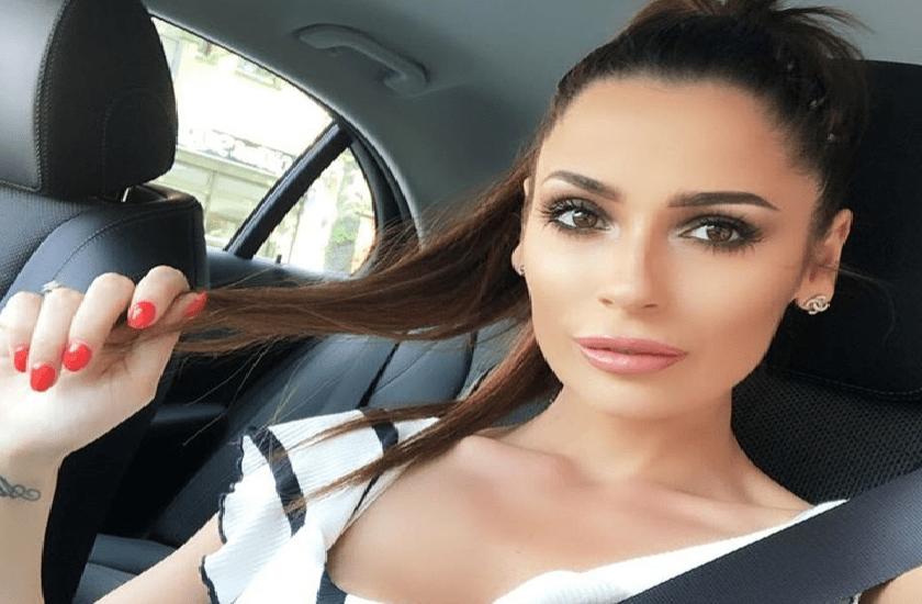 """Alessia Macari, la """"Ciociara"""" in intimo su Instagram"""