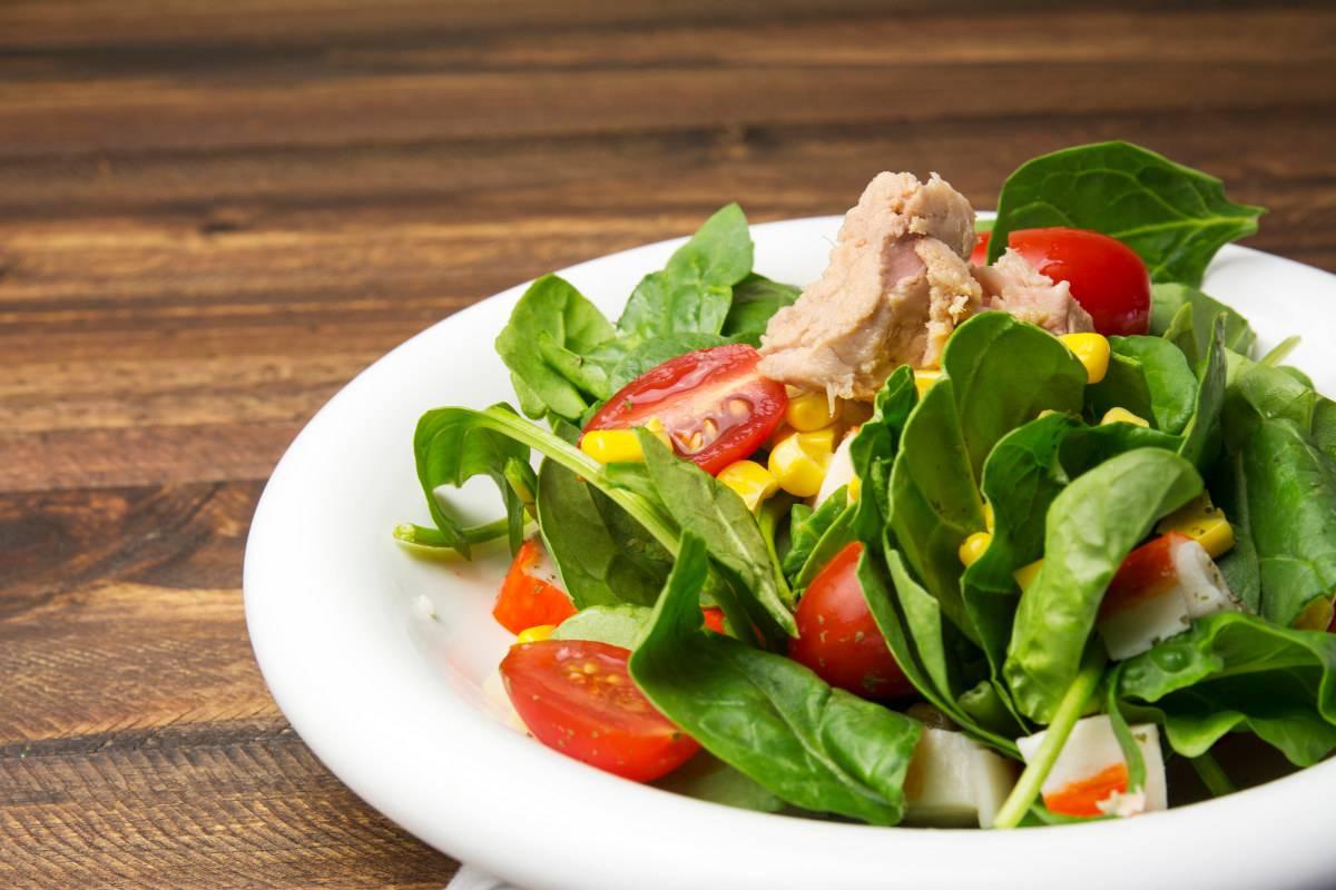 insalate di frutta e verdura per dimagrire