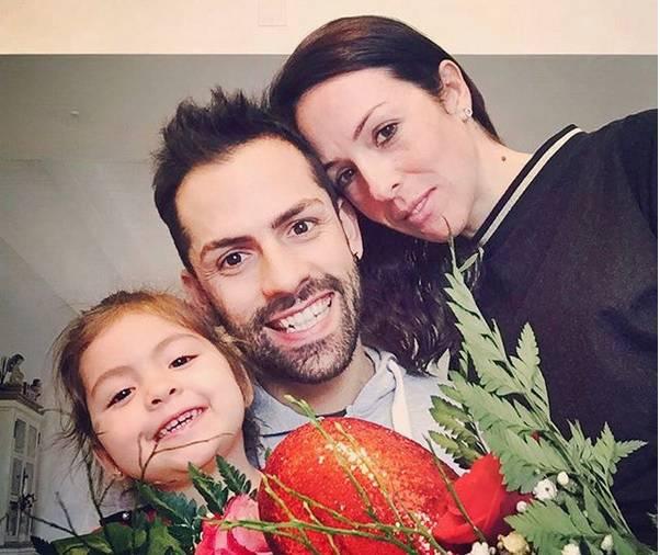 Marta con il marito Roberto e la figlia - foto dal profilo Instagram Ufficiale