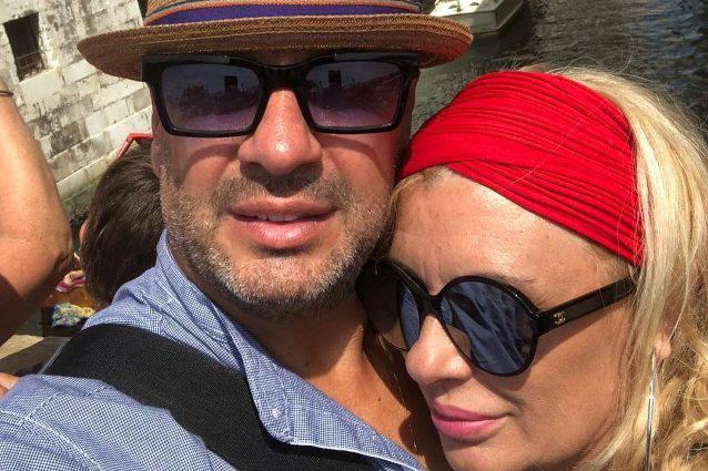 Tina Cipollari si sposa, l'ex marito Kikò Nalli non la prende bene