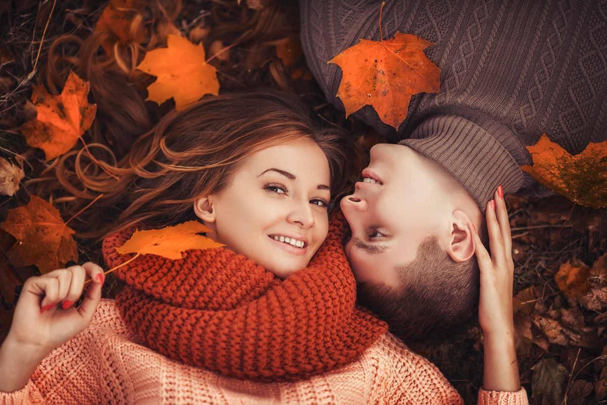 coppia in autunno