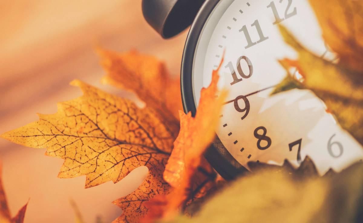 Ora solare: il 28 ottobre si cambia, forse per l'ultima volta