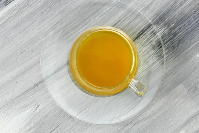 acqua limone e curcuma